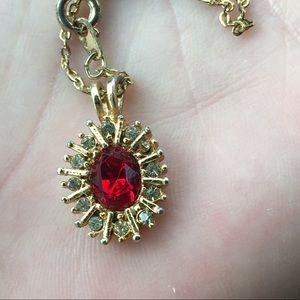 Vintage gold Garnet necklace